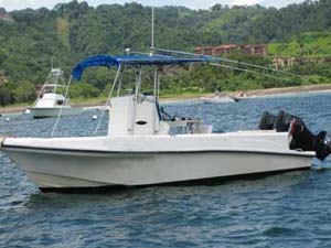 26 Feet Fishing Charter Boat in Jaco Beach