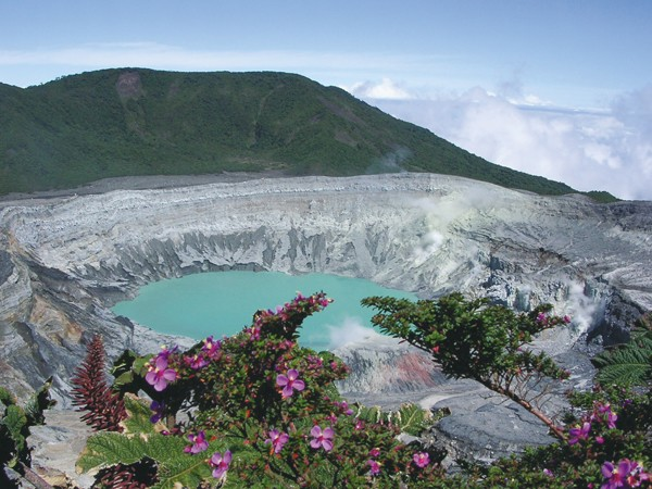 costa-rica-vacation_poas-volcano